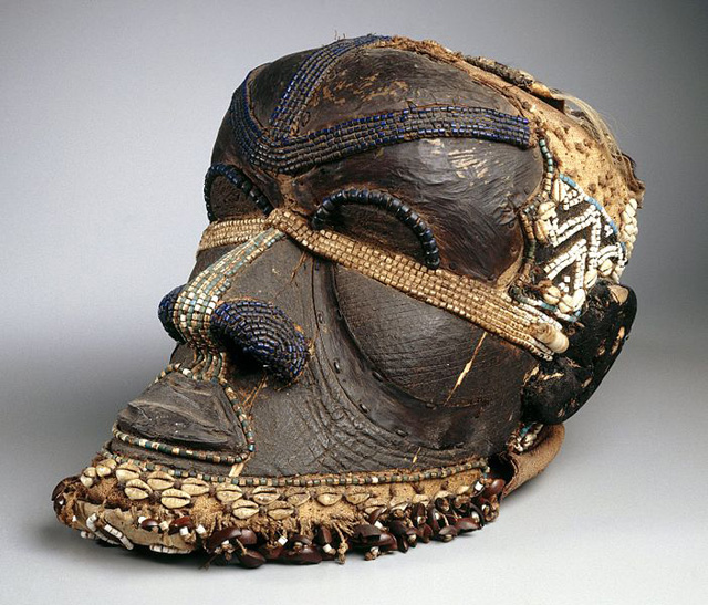 This photograph of a 19th century Bwoom Mask in the Brooklyn Museum's collection is one of the 4,000 images uploaded to Wikipedia by the Brooklyn Museum. (via Wikipedia)