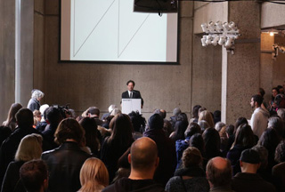 Whitney Museum Director Adam Weinberg addressing the media during today's press conference. (photo by Mostafa Heddays/Hyperallergic)