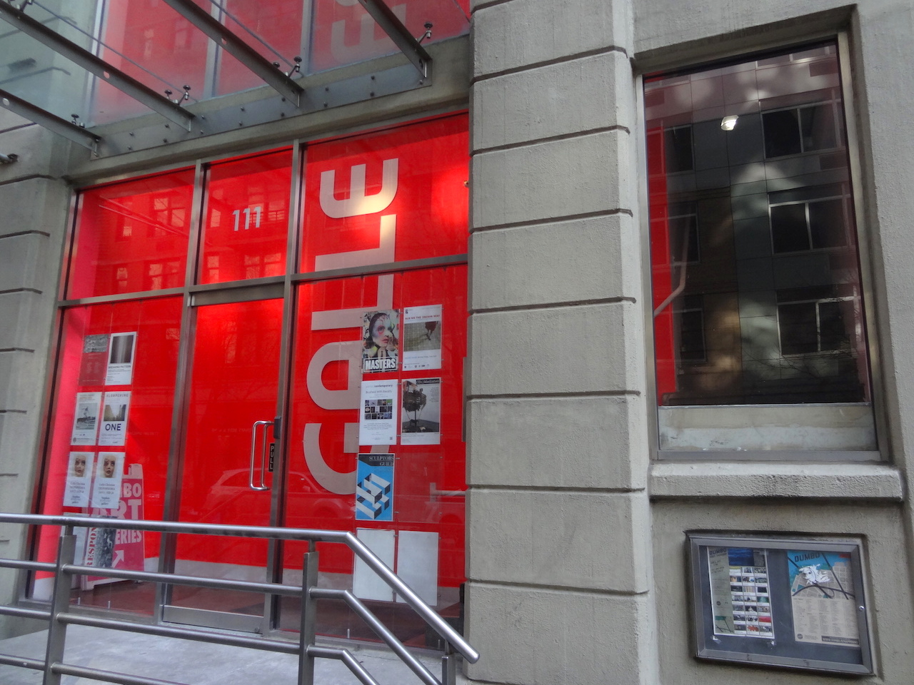 The entrance to the galleries at 111 Front Street (all photos by the author for Hyperallergic)
