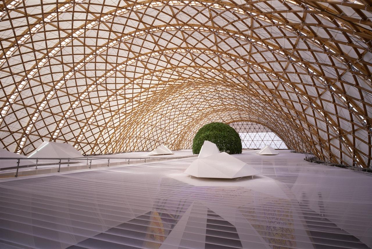Japan Pavilion, Expo 2000 Hannover, 2000, Hannover, Germany  Photo by Hiroyuki Hirai
