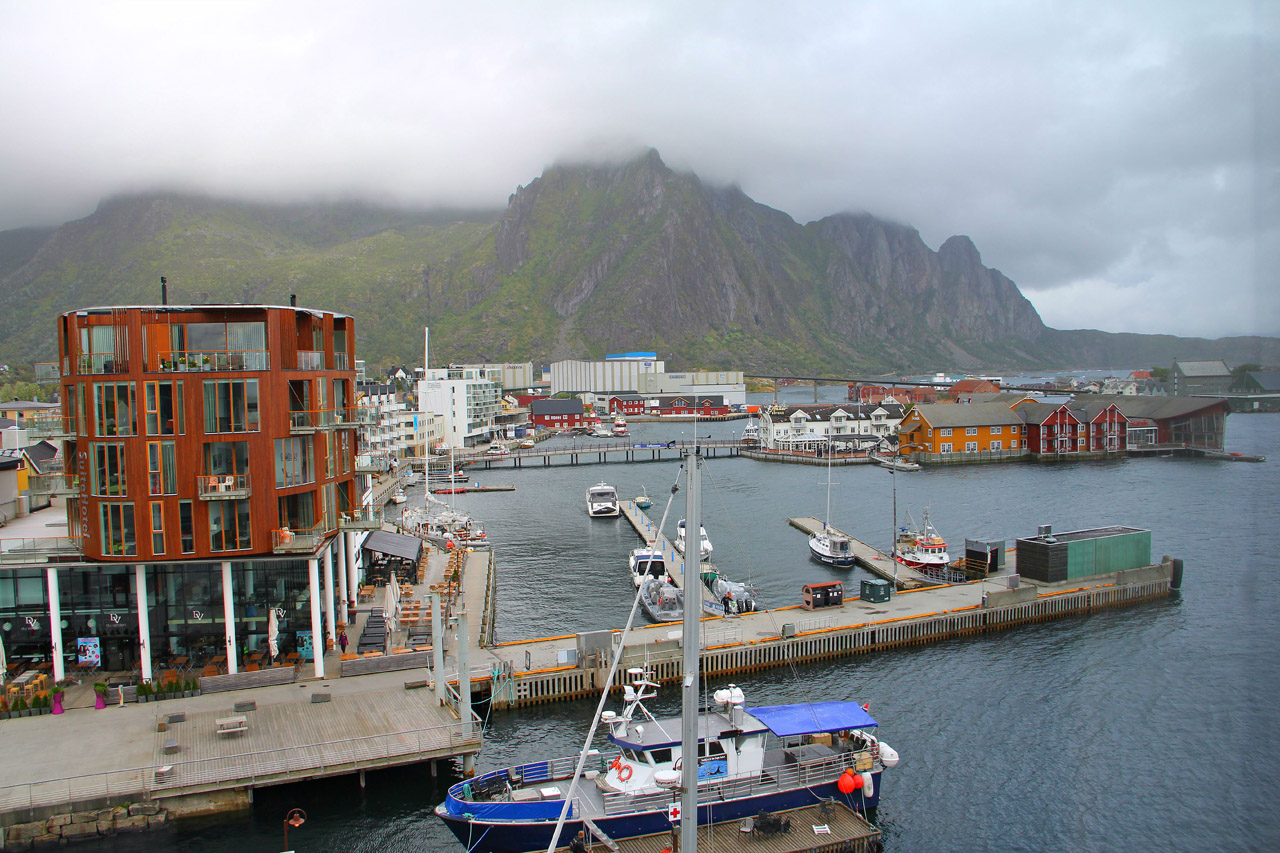 Svolvær Harbor (photo by the author for Hyperallergic)