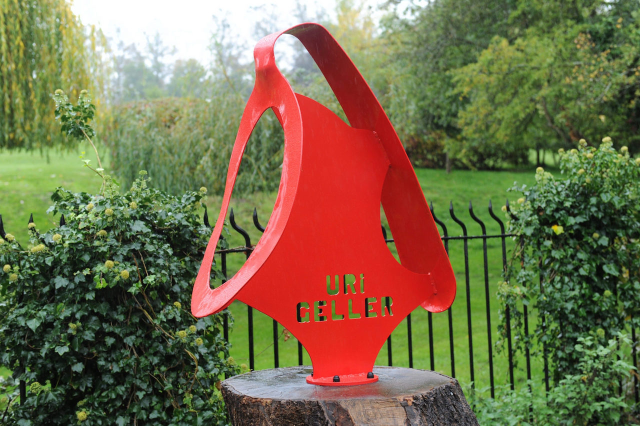Uri Geller's sculpture in Sonning, UK (photo by Neil Macdonald/Flickr)