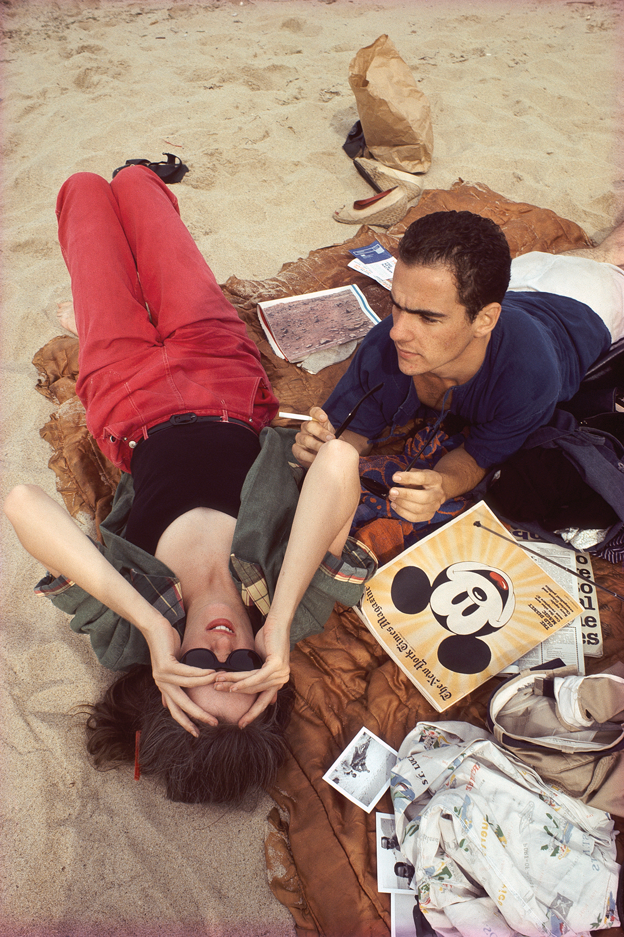 """Nan Goldin, """"C.Z. and Max on the beach, Truro, Mass. 1976,"""" from 'The Ballad of Sexual Dependency' (Aperture 2012) (© Nan Goldin) (click to enlarge)"""