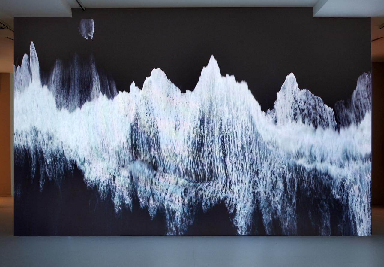 """Ange Leccia, """"La Mer"""" (""""The Sea"""") (1991) (courtesy galerie Almine Rech © ADAGP)"""