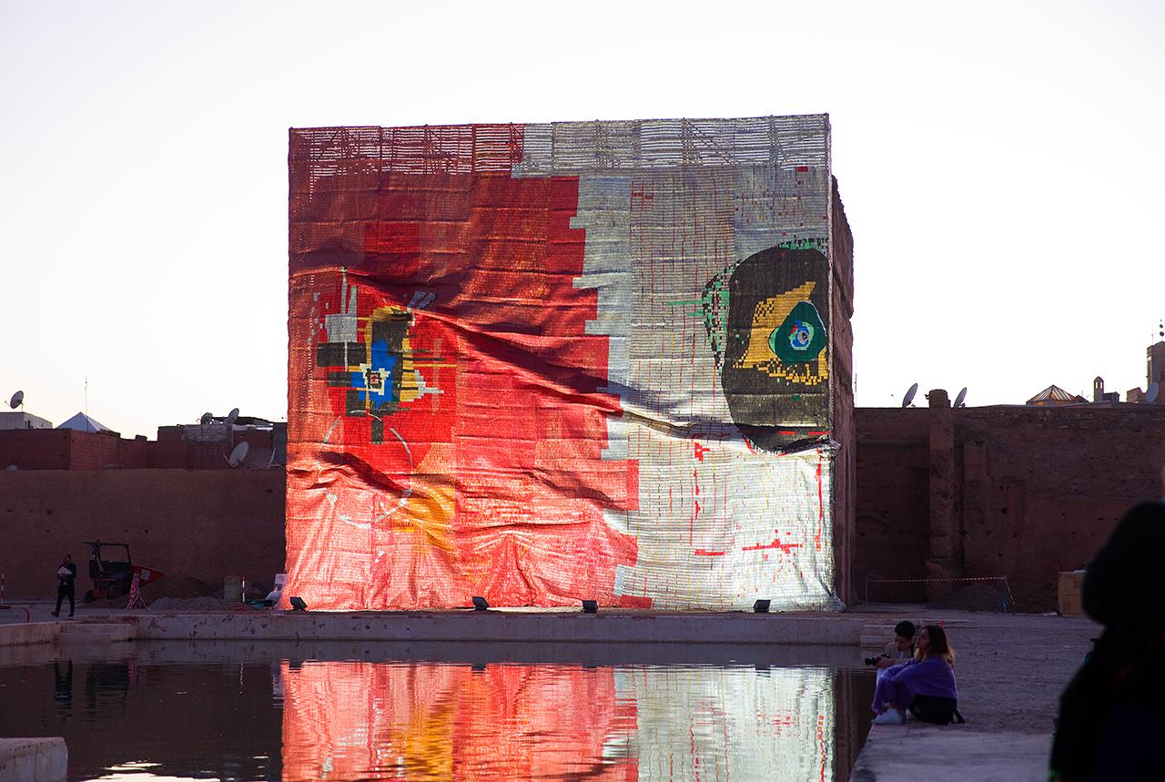 "El Anatsui's ""Kindred Viewpoints"" installed at the Palais El Badii (photo courtesy Marrakech Biennale 6, © Jens Martin)"