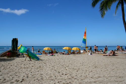 This is Hawaii, not LA, but it's all the same, right?  (photo by author)