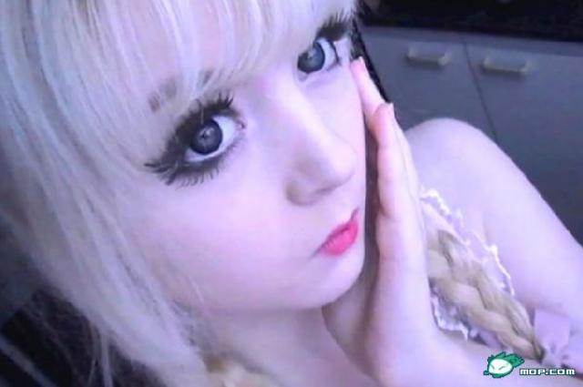 A living doll lolita richie photos