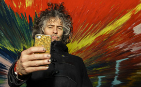 Post image for The Flaming Lips' Wayne Coyne Talks About the Womb, Damien Hirst, Acid, and Yoko Ono