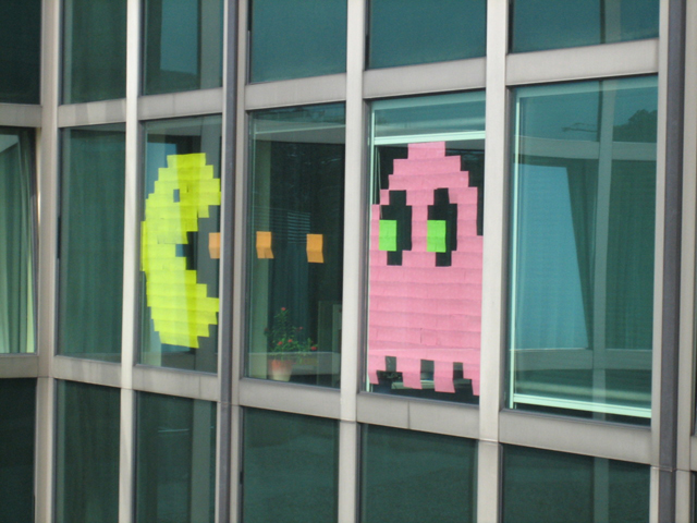 A volley in the Post-It Wars (Image via postitwars.com)