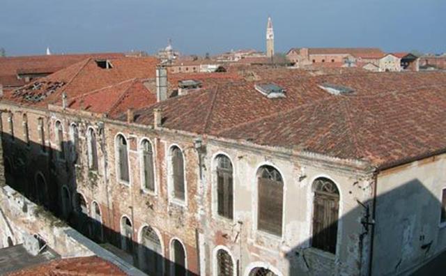 The Sale d'Armi Arsenale area of the Venice Biennale (Image viatheartnewspaper.com)