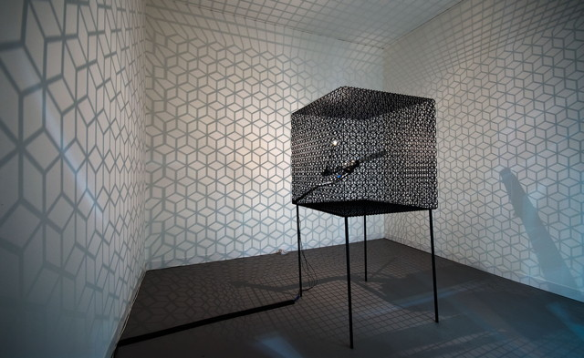 """Conrad Shawcross, """"Slow Arc Inside a Cube IV"""" (2009) (© the artist, image courtesy the artist and Victoria Miro Gallery, London)"""