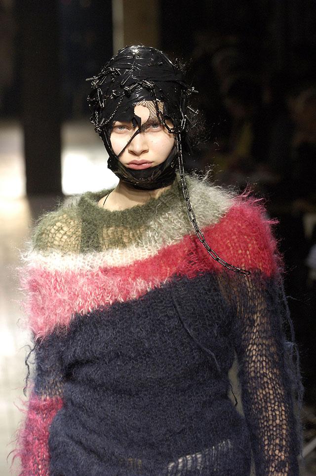 Junya Watanabe (Japanese, born 1961), fall/winter 2006–7 (image courtesy of The Metropolitan Museum of Art, Photograph by Catwalking)