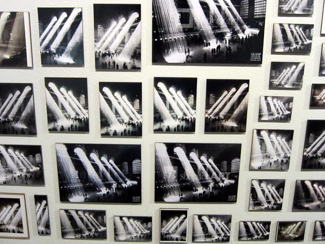 """Penelope Umbrico,""""Five Photographs of Rays of Sunlight in Grand Central Station, Grand Central Terminal"""" (2013), 512 c-prints"""