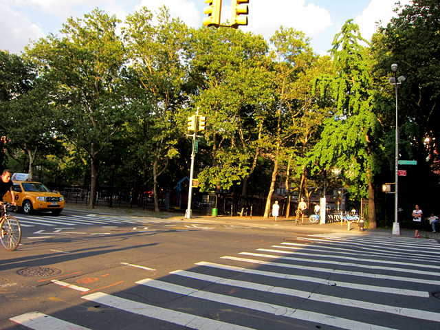 Intersection of Chrystie and Rivington
