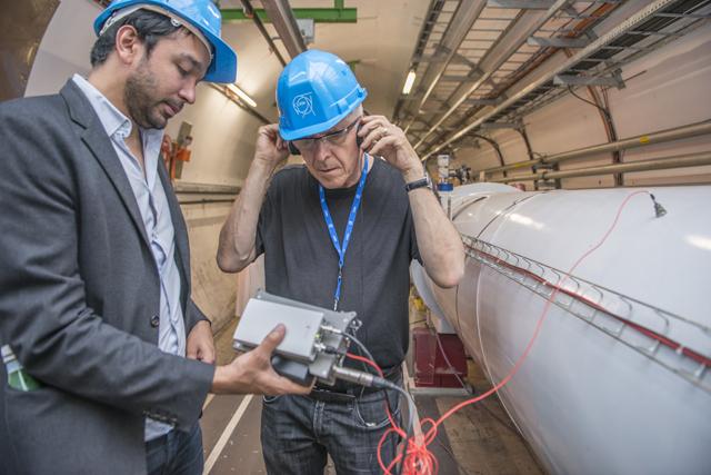 Bill Fontana visits CERN (photograph by Anna Pantelia, © 2013 CERN)