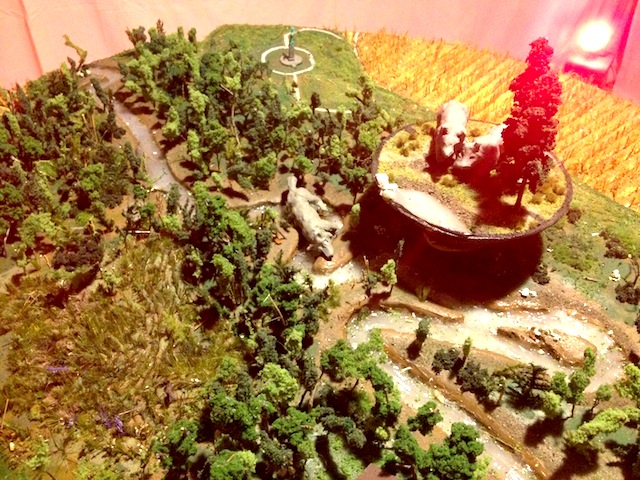 """Diorama of the wolf zone as part of Deke Weaver's """"The Unreliable Bestiary"""" (2013). Image courtesy of the author for Hyperallergic."""