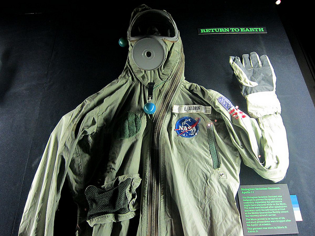 green space suits - photo #17
