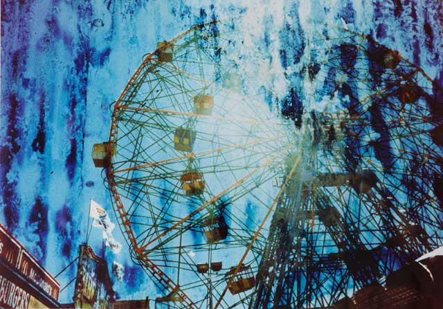 "Lauren Silberman, ""Rust – Wonder Wheel"" (2001) (courtesy of the artist)"