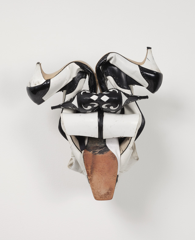 """Willie Cole, """"MBF II"""" (2013), shoes, wire and screws, 15 1/2 x 14 x 10 1/4 in/39 x 35 x 26 cm"""