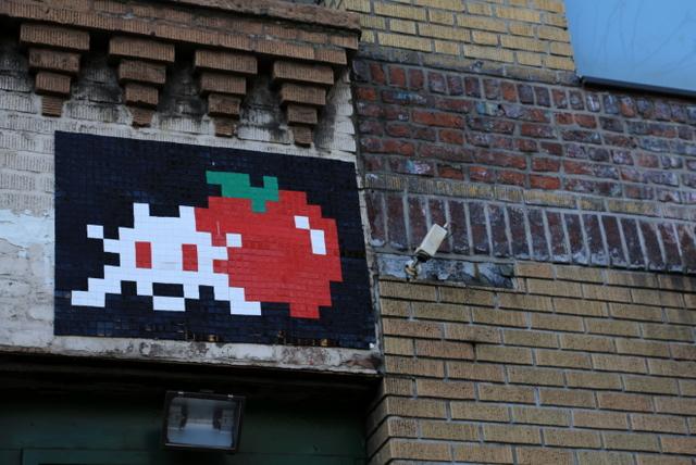 invader apple5