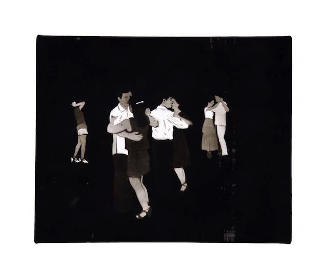 007_lei_chak_man_dancing_in_the_dark_smoke_on_paper_20x25cm_2001-2002