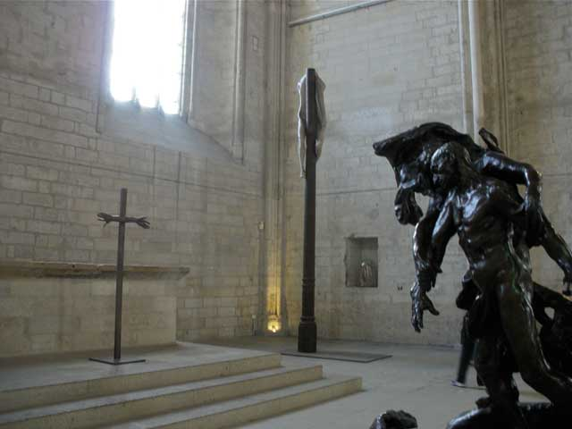 Work by (from left) Louis Bourgeois, Berlin de Bruyckere, and Camille Claudel at the Popes' Palace