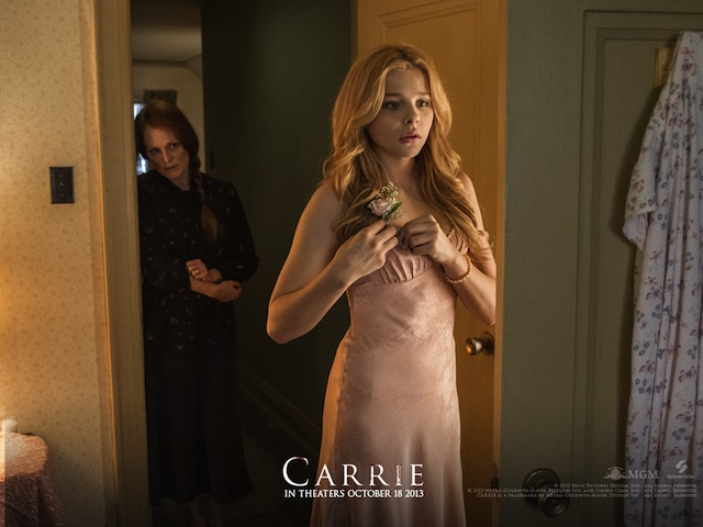 Still from the film Carrie (2013). All images via Carrie-Movie.com.