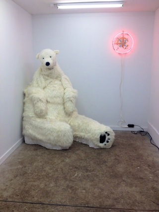 Diego Leclery as polar bear (photo by the author for Hyperallergic)
