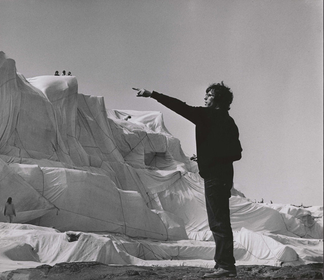 Press-Image-2---Christo-and-Jeanne-Claude-640