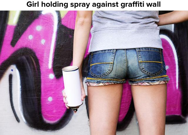 6697230_m-640-graffwoman