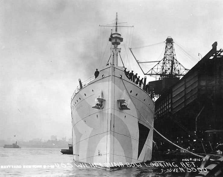 USS Wilhelmina in NYC (1918) (via U.S. Naval Historical Center)