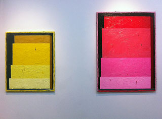 """Russell Tyler, """"Loading 2″ (2013), oil on canvas, 30 x 24 inc, and """"Loading"""" (2013), oil on canvas, 40 x 30 in (click to enlarge)"""