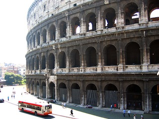 Colosseum, pre-cleaning (photograph by the author)
