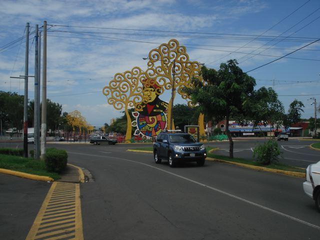 hugo chavez monument