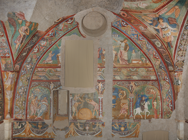 Frescoes in the Gothic Hall (Courtesy of Laboratorio fotografico della Soprintendenza Speciale per il patrimonio storico artistico etnoantropologico e per il Polo museale della città di Roma)