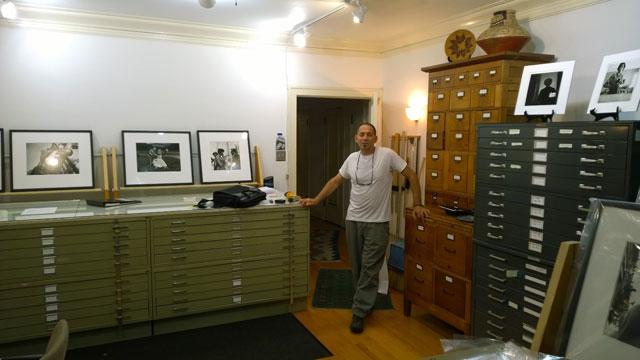 Jeffrey Goldstein in the office of Vivian Maier Prints