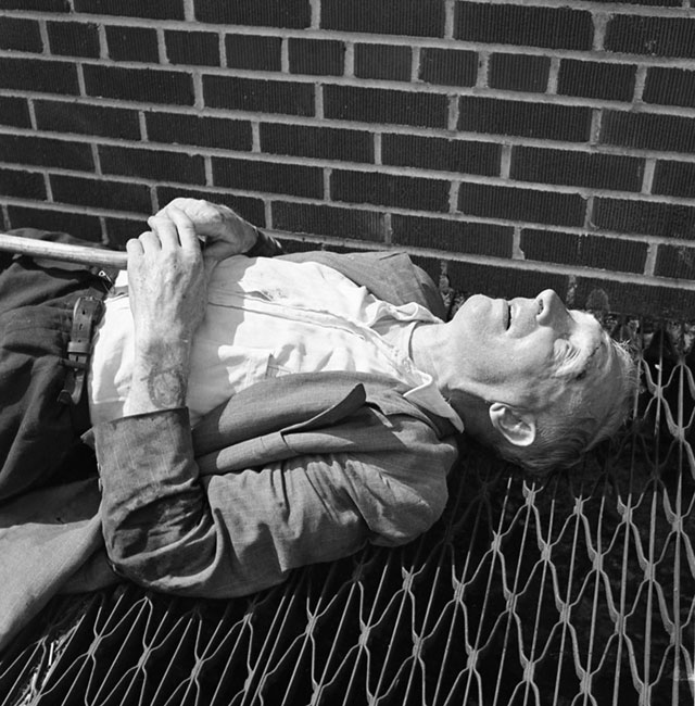 "Vivian Maier, ""New York (Man Lying on Grate)"" (c. 1951–55)"