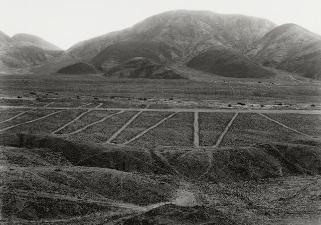 Edward Ranney, Nazca Valley, 2009. © Ed Ranney