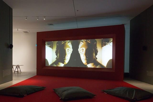 Isaac Julie, Vagabondia(2000), Theatrical Fields, Centre for Contemporary Art