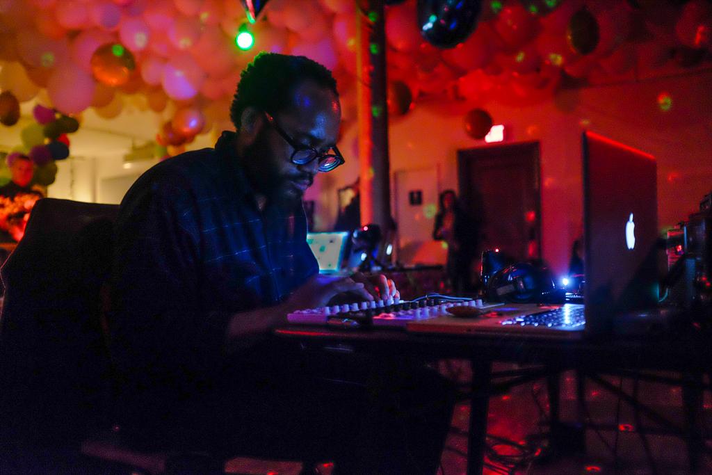 "Carver Audain performing at ""Klipschorn NIGHTS: Phill Niblock"" (all photos by Reuben Radding)"