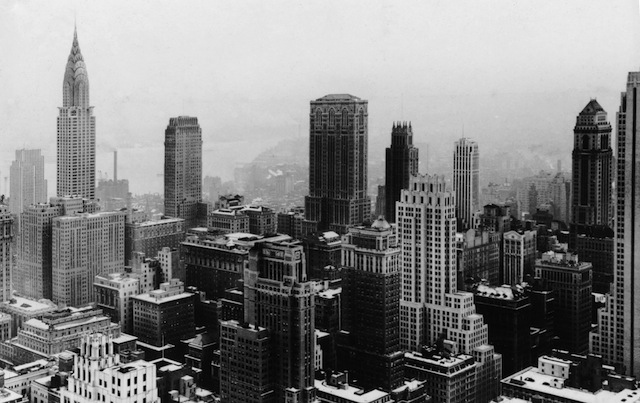 The Manhattan skyline (Image via Wikimedia)