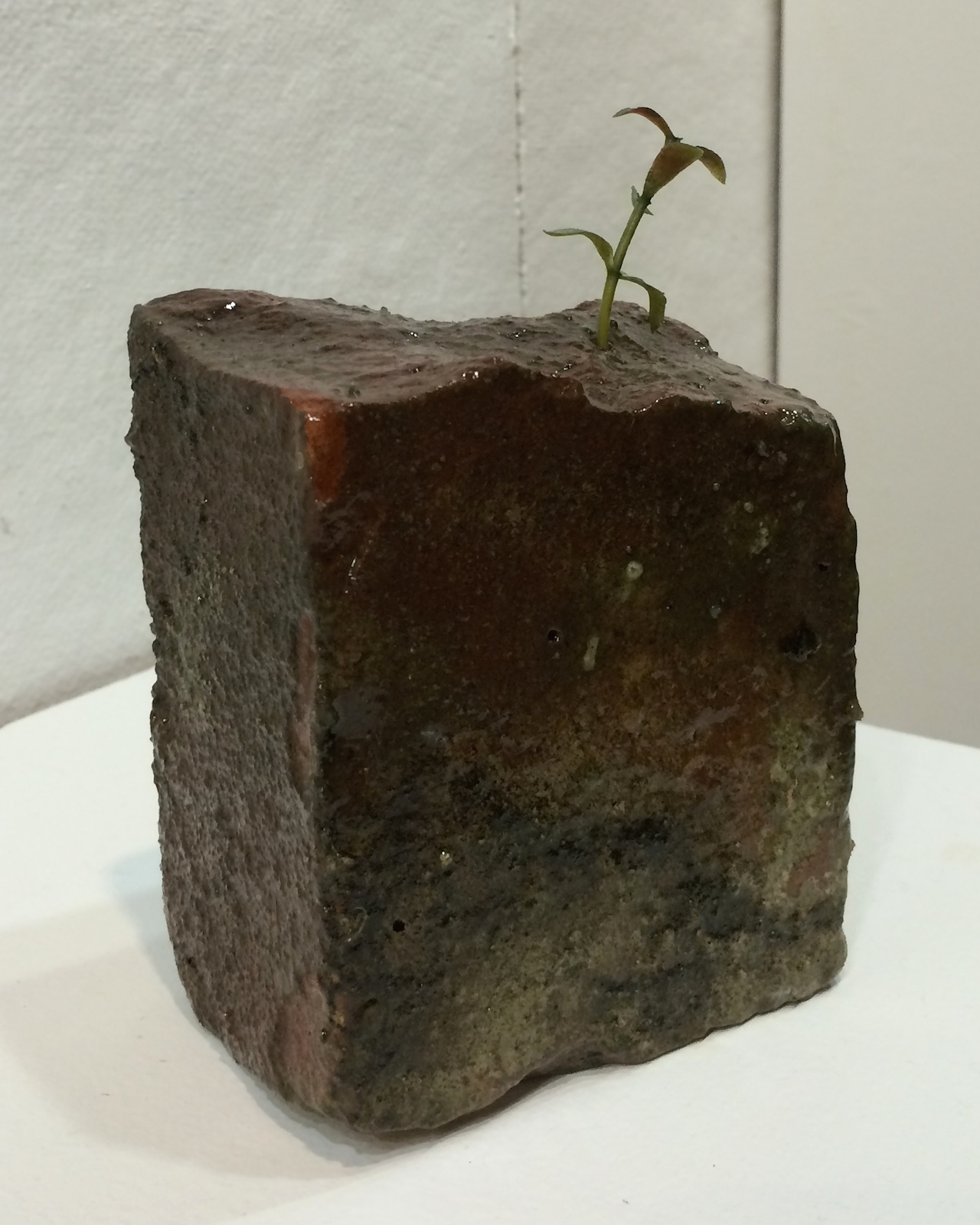 A sculpture by Amy Stienbarger in a pop-up exhibition at Abby Goldstein's studio at 110 Nevins Street