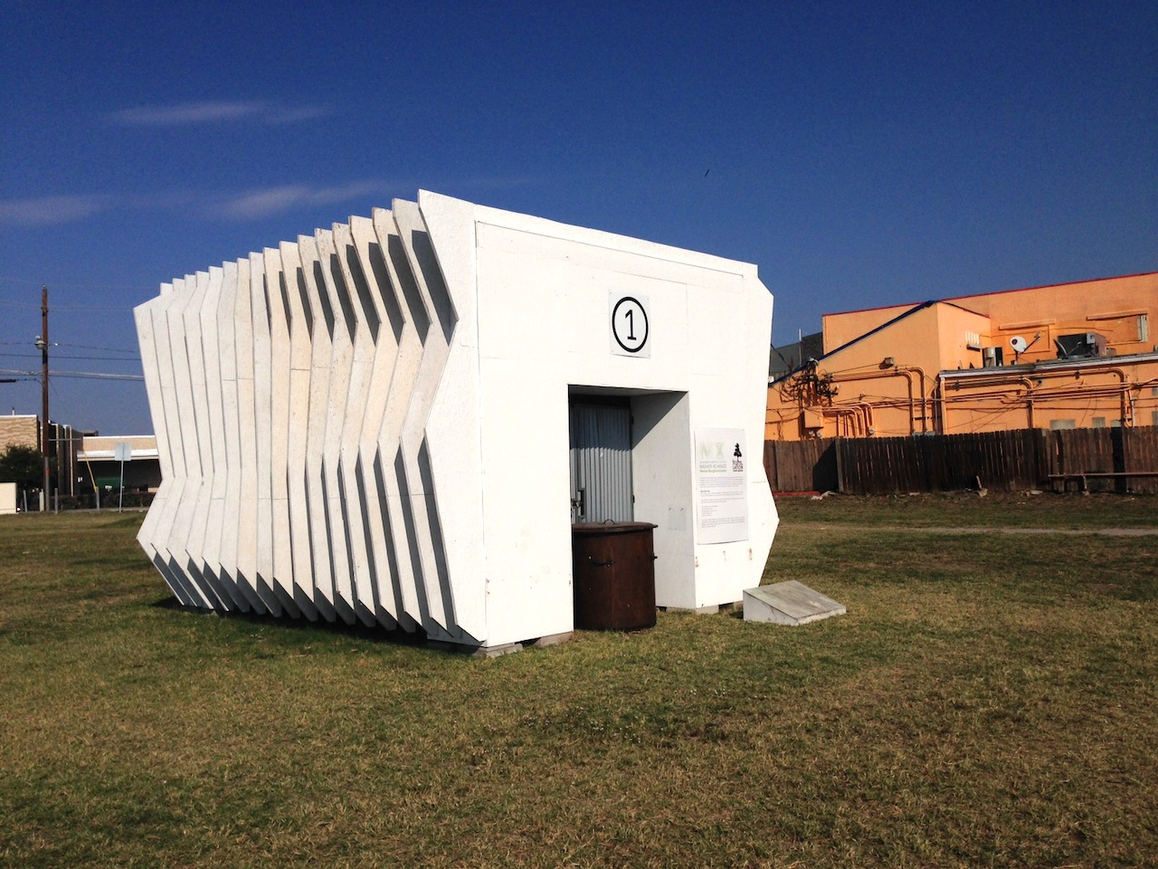 One of Rick Lowe's three White Cube Galleries in the Vickery Meadow neighborhood of Dallas (All images by the author for Hyperallergic)
