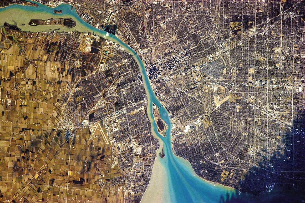 Detroit, Michigan, on the right, and Windsor, Ontario, on the left (photograph by Chris Hadfield/NASA)