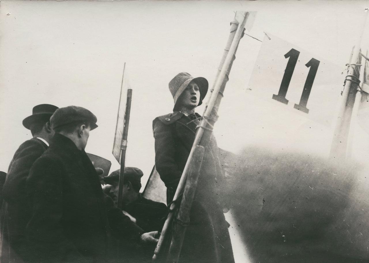 Anonymous photographer - Yvonne André, anarchist activist Pré-Saint-Gervais (Butte du Chapeau Rouge) France, May 25, 1913
