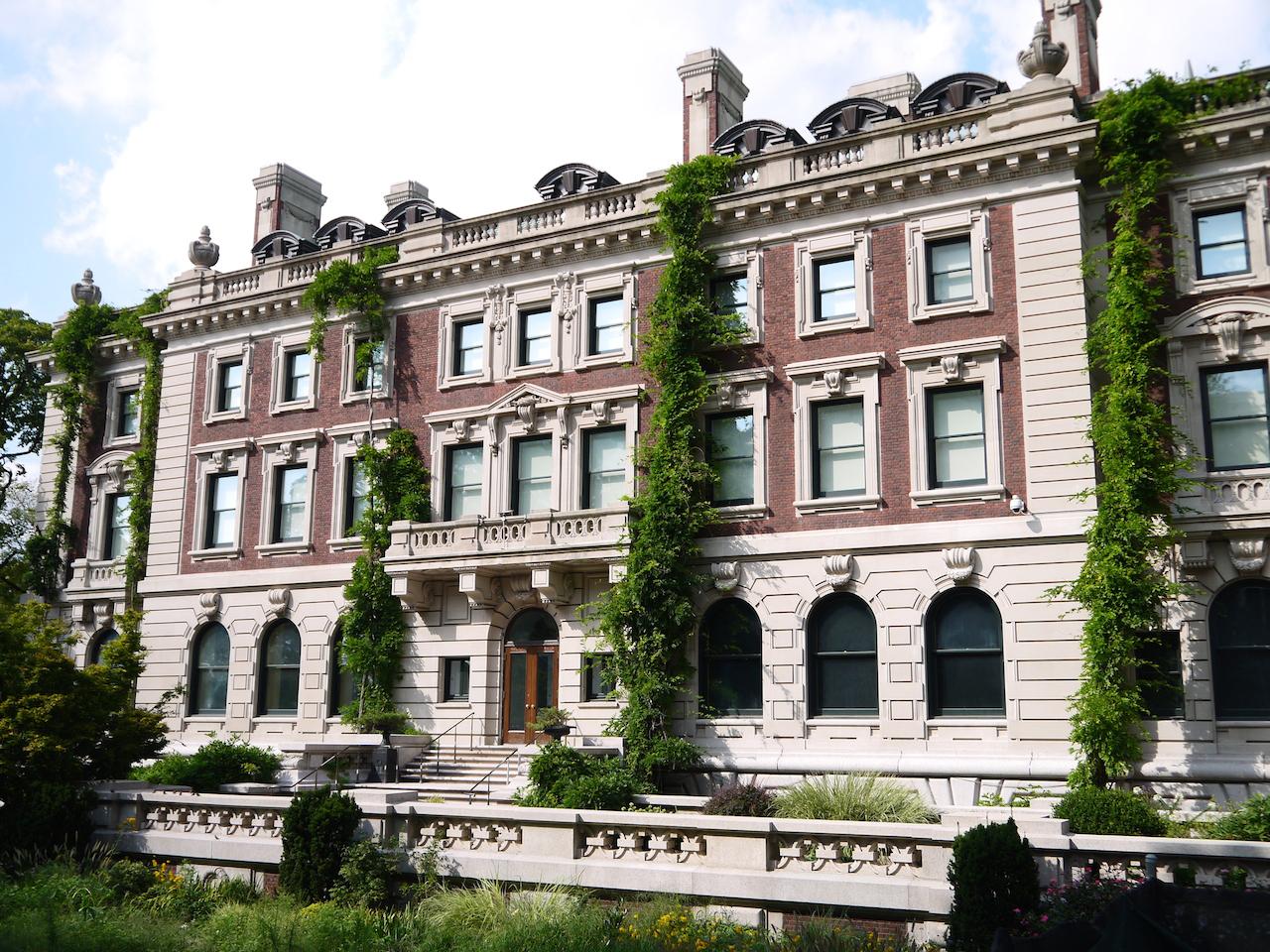 Cooper Hewitt, Smithsonian Design Museum, south facade (© Cooper Hewitt)