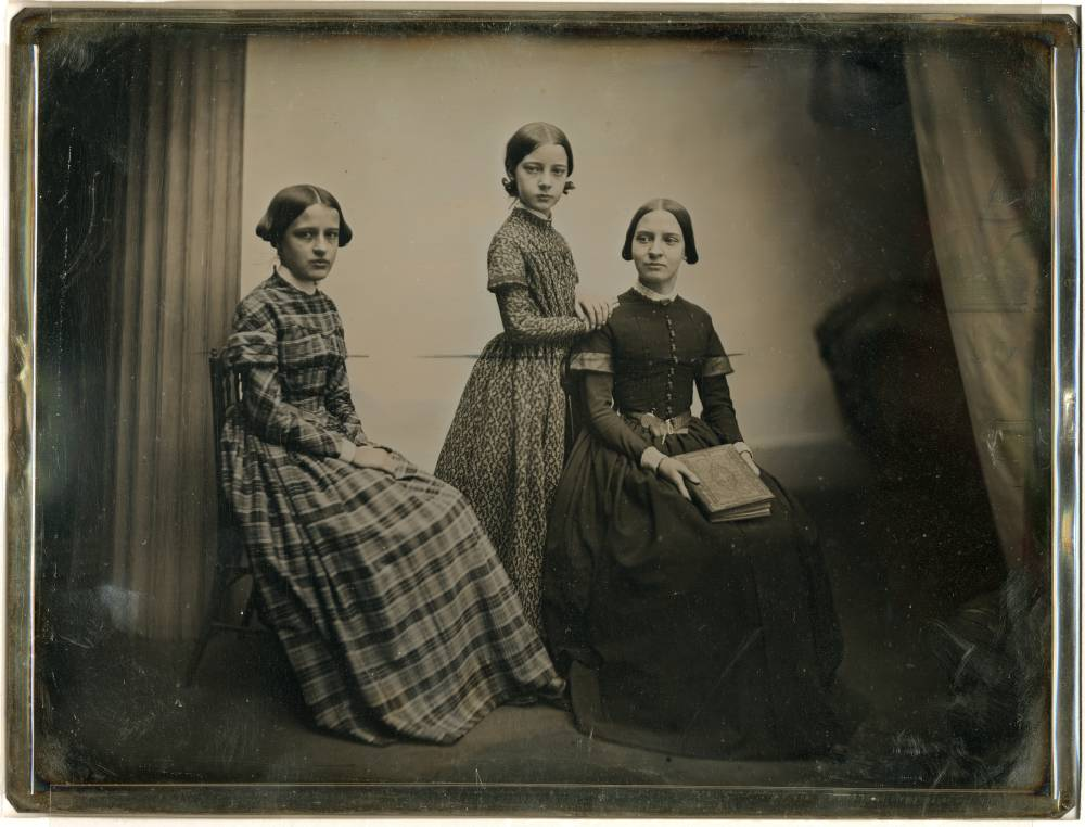 Portrait of three women, daguerreotype (1856), made by Southworth & Hawes (via George Eastman House)