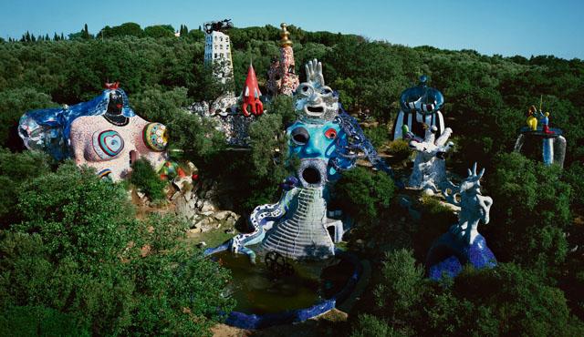 "View of the ""Tarot Garden"" (1998) in Garavicchio, Italy (photo © Laurent Condominas)"