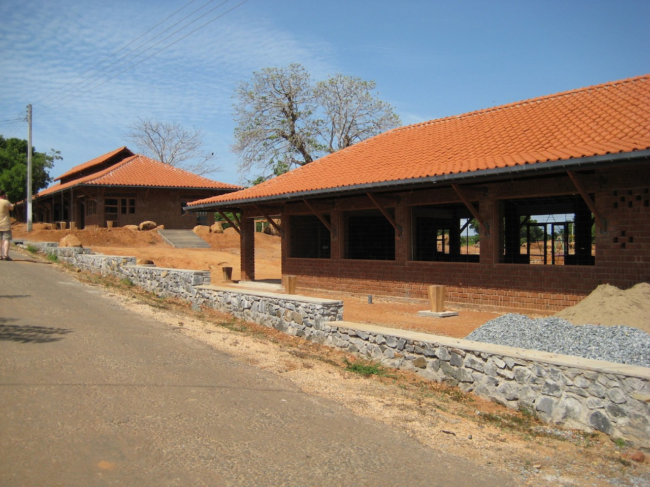 Yodakandiya Community Complex, Sri Lanka (2007) shortlisted for the 2010 Aga Khan Award for Architecture (Image via Wikimedia)