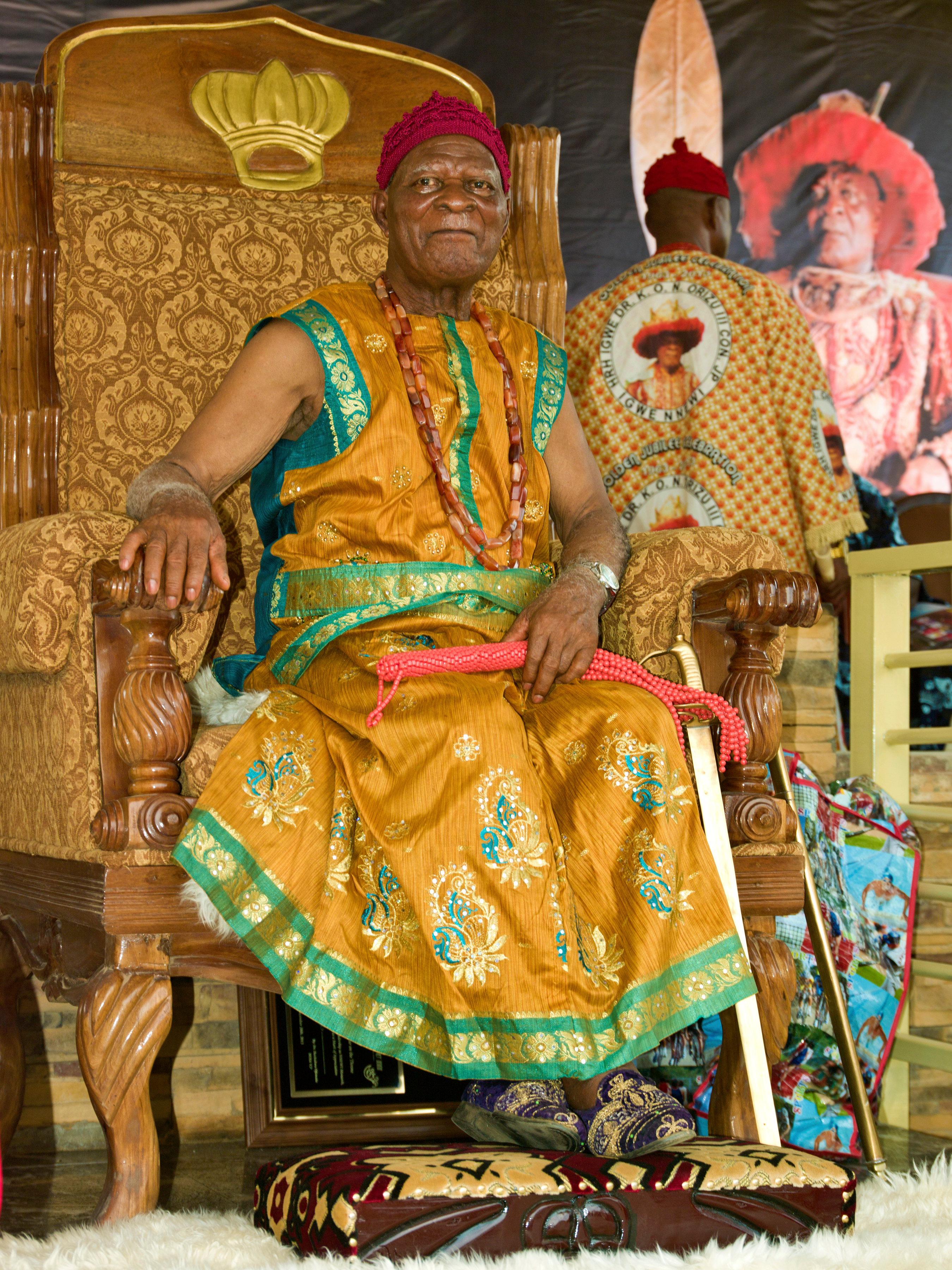 38. (NEW) Igwe Kenneth Onyeneke Orizu III Obi of Nnewi A0013214B